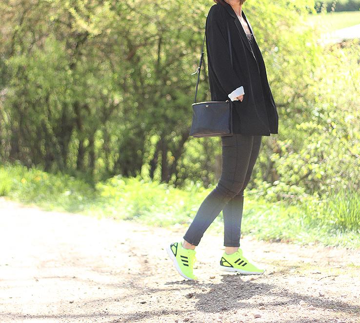 adidas zx flux noir porter