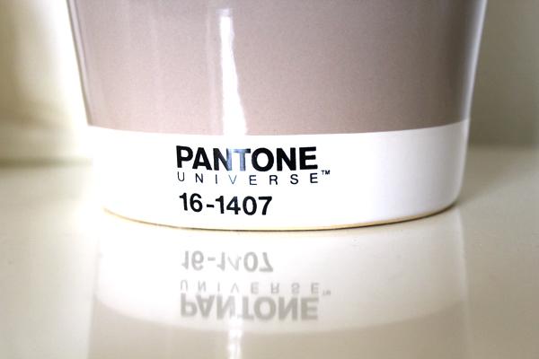 cache-pot-pantone3