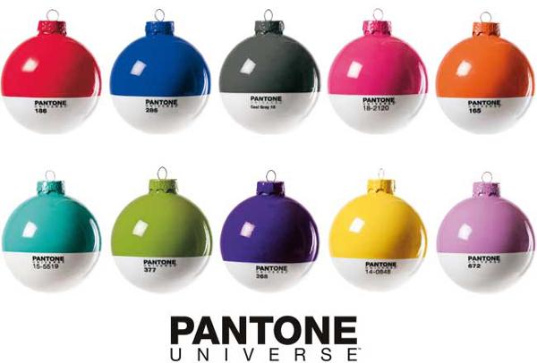 pantone_xmas_ball