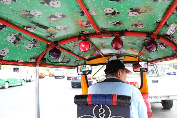 Life in Bangkok (saison 2 – épisode 1)
